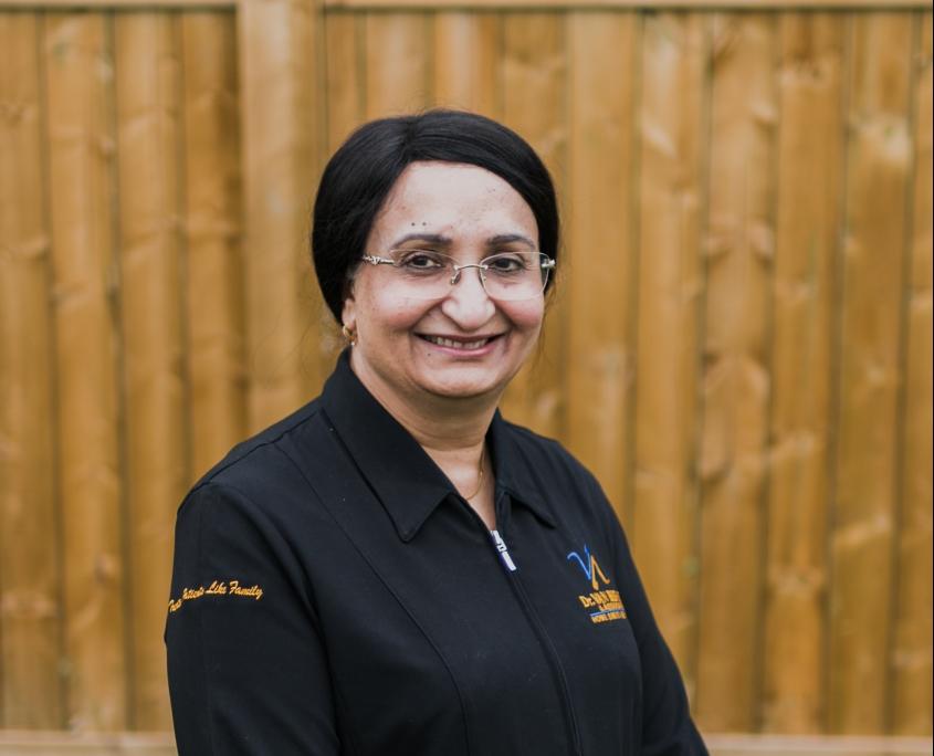 Dr. Jugesh Mehta